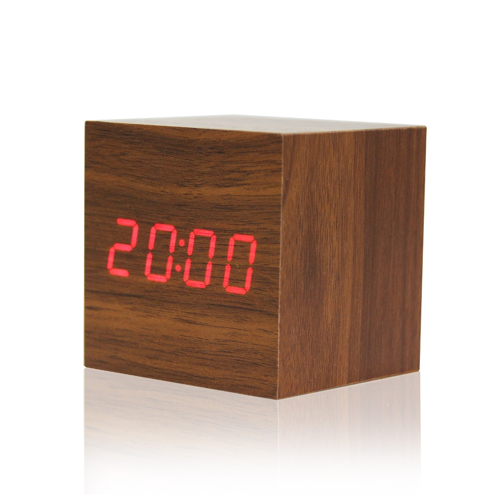 Houten LED Klok met thermometer en voicecontrol